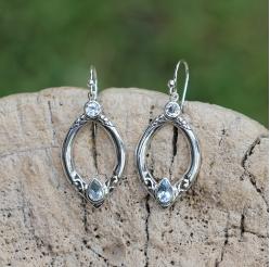 GAJA blue topaz earring